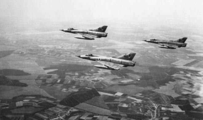 Formation of the Israeli Mirage fighters in 1967.