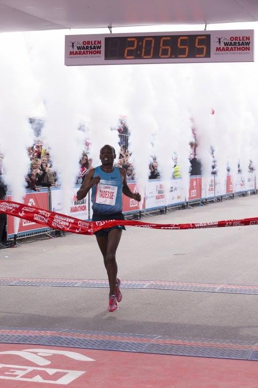 Etiopczyk Tadesse Tola ustanawia rekord maratoński napolskich ziemiach