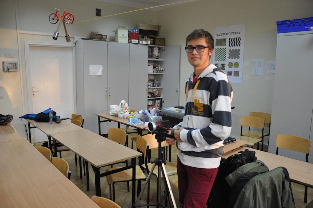 Przemek Zatorski (IB1), autor zdjęć imontażu klipu.
